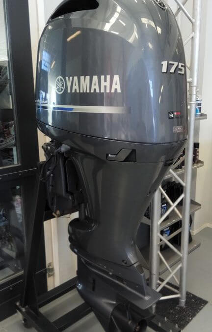 Ingeruild mooie jong gebruikte Yamaha F175 | € 10.999